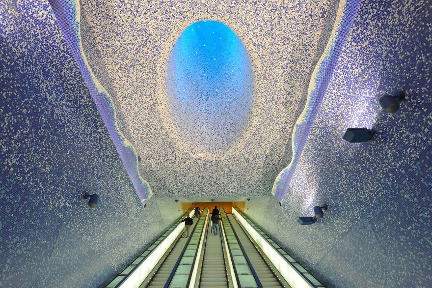 Beautiful subway stations.